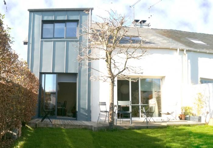 Extension d 39 une maison individuelle loire atlantique for Architecte nantes maison individuelle