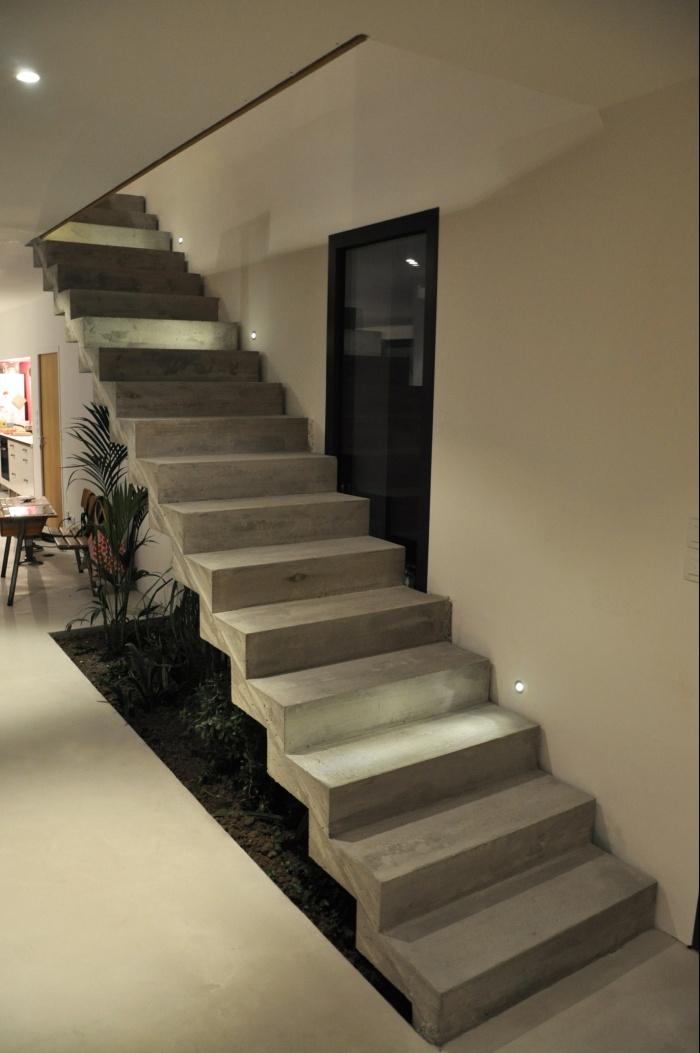 MAISON G. : Escalier béton