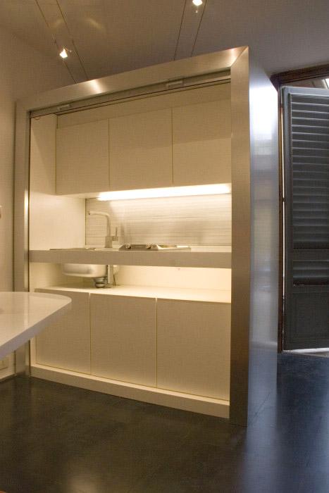 cr ation de mobilier contemporain nantes une r alisation de ar 39 keal. Black Bedroom Furniture Sets. Home Design Ideas